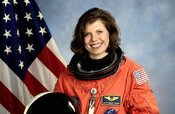 Pozvánka na prednášku astronautky Dr. Mary Ellen Weber