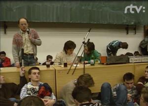 Pozrite si archívne videá Elektrotechnickej fakulty z Nežnej revolúcie